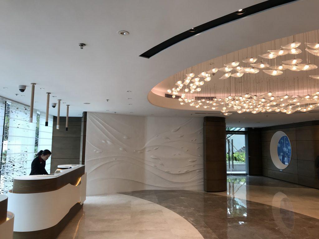 海洋公園萬豪酒店-如果由港鐵站行過嚟會係呢個Lobby到check-in
