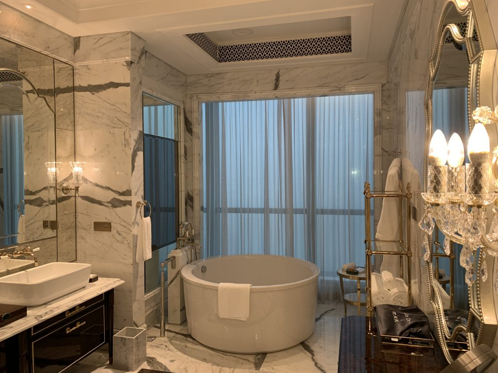 珠海瑞吉酒店 St Regis Zhuhai Hotel 套房浴室 suite