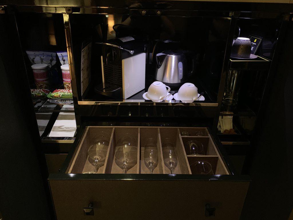 The St. Regis Osaka-付費零食、Nespresso咖啡機、各式杯子