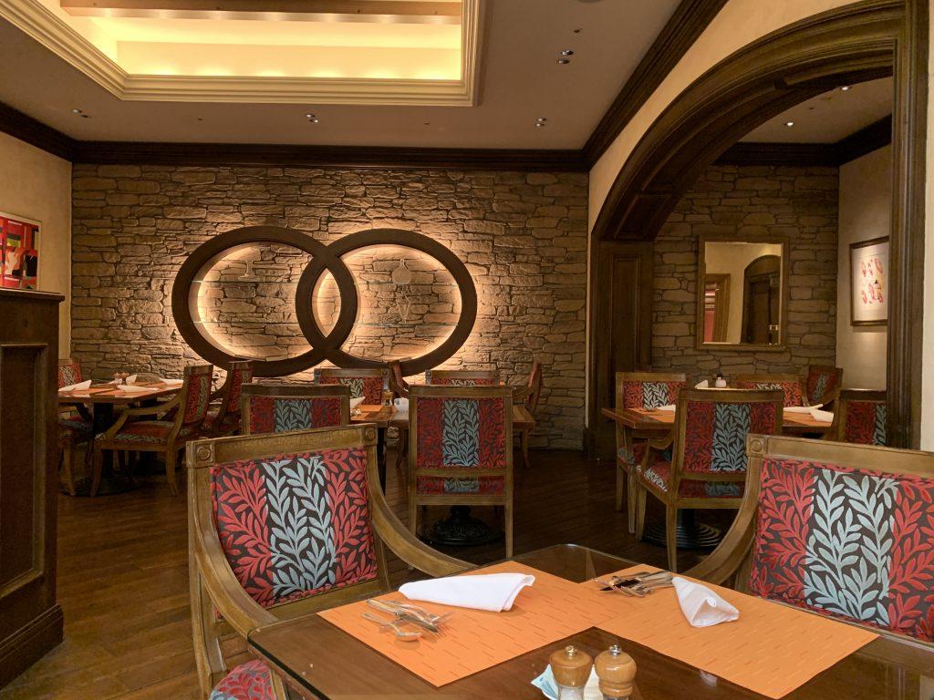 大阪麗思卡爾頓酒店Splendido餐廳-環境舒適