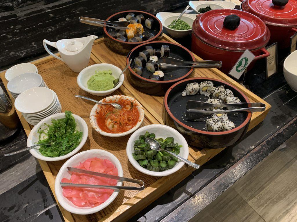 Hilton Sukhumvit Bangkok Scalini 餐廳-日式壽司及配菜