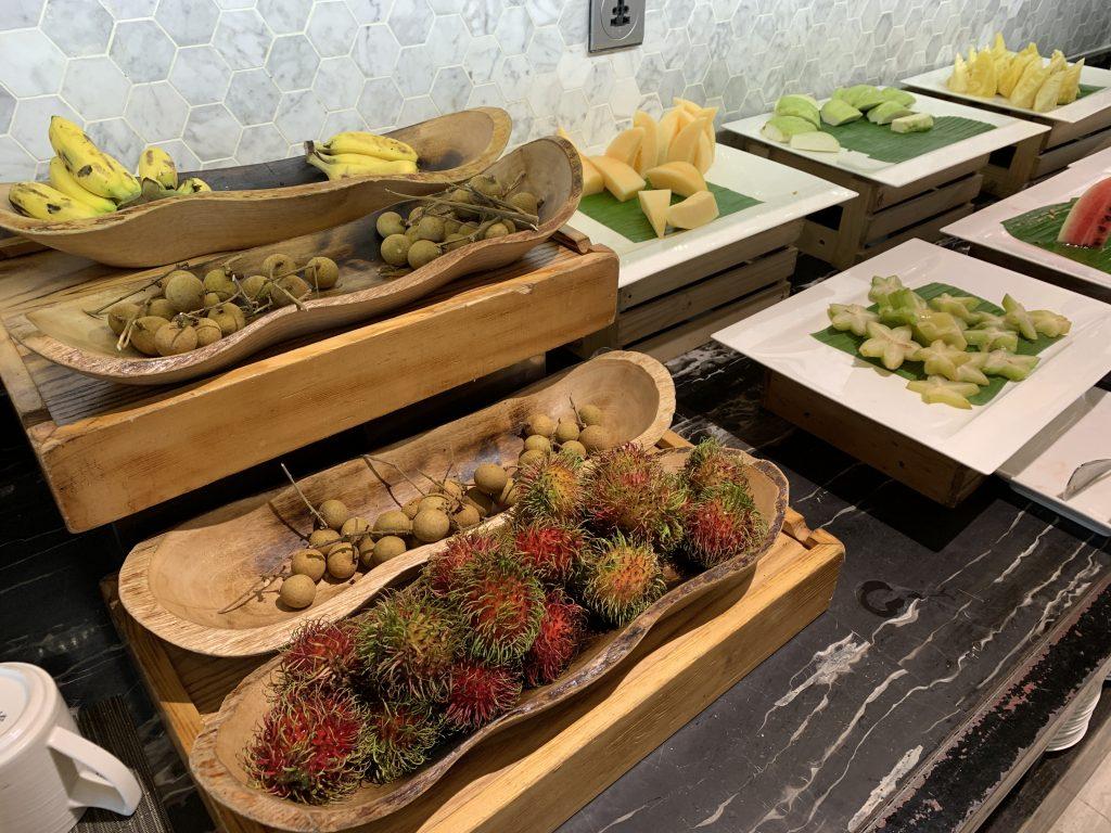 曼谷希爾頓素坤逸酒店Scalini餐廳-時令熱帶水果1