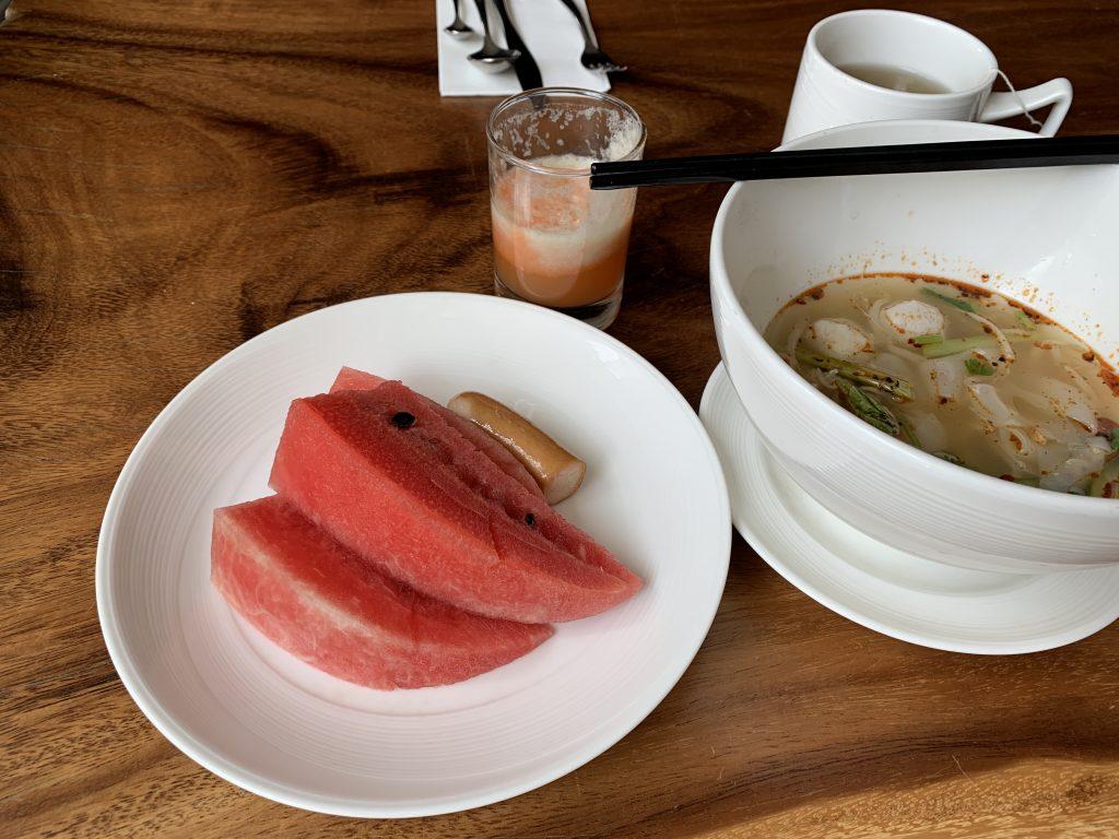 曼谷希爾頓素坤逸酒店Scalini餐廳-是日還吃了西瓜和湯河