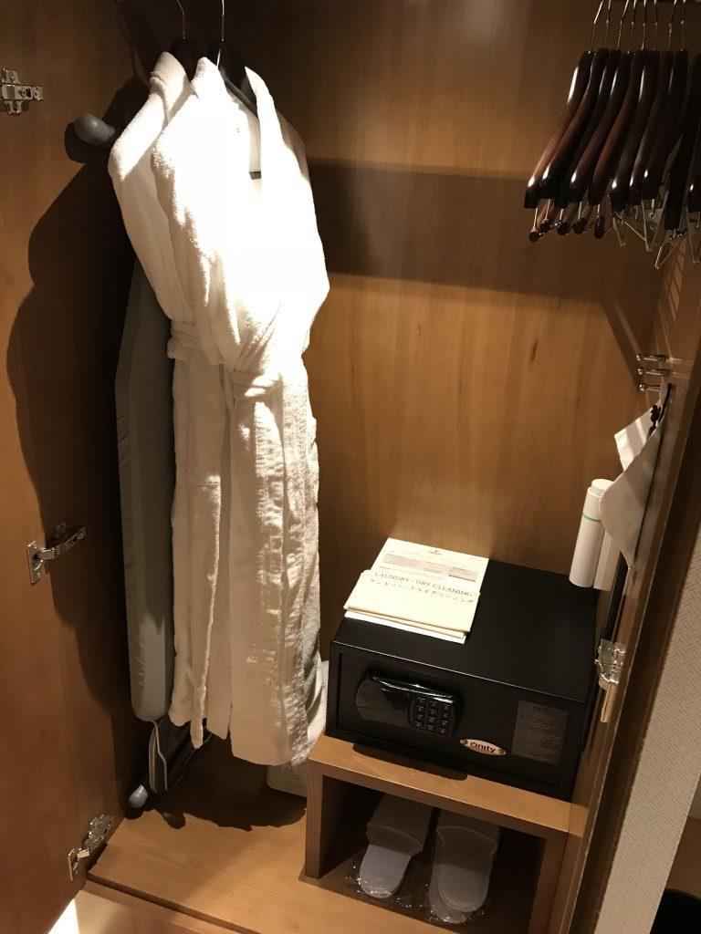 Hilton Nagoya-房間衣櫃