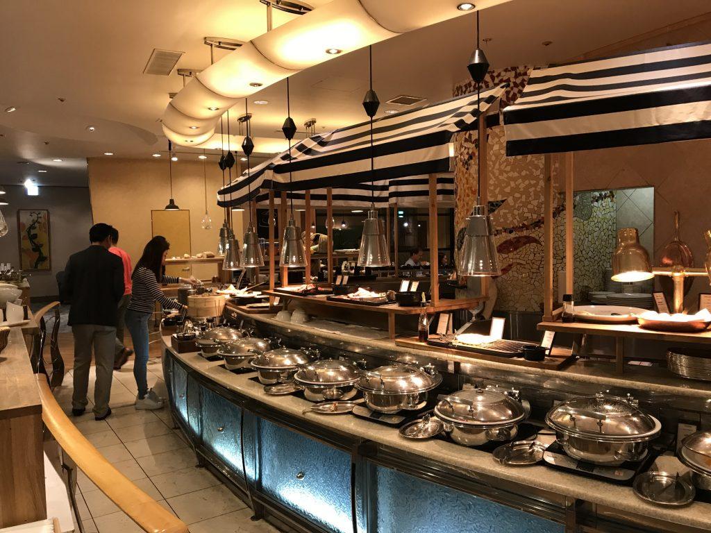名古屋希爾頓酒店Brasserie The Terrace-餐廳熟食區環境