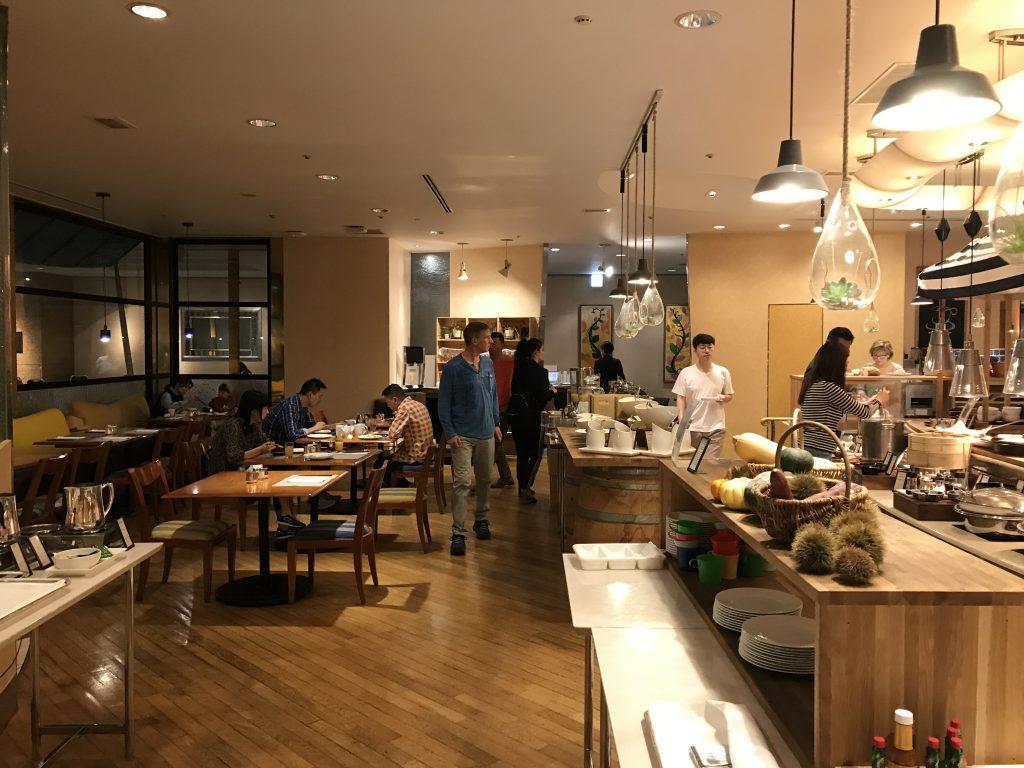 名古屋希爾頓酒店Brasserie The Terrace-餐廳用餐環境