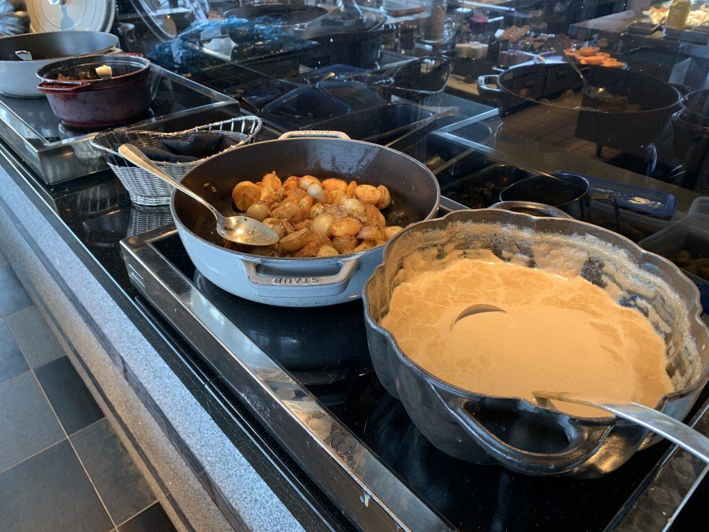 東京麗思卡爾頓酒店Towers-烤馬鈴薯和Gravy醬汁