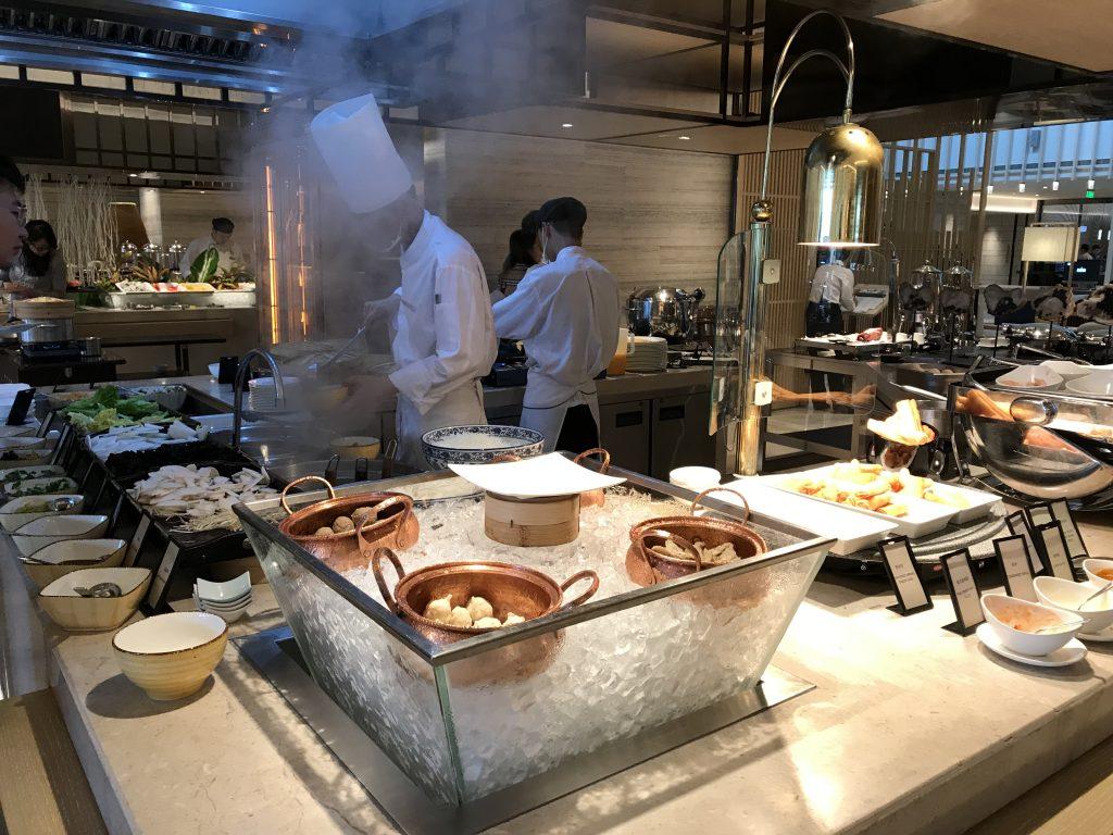 深圳蛇口希爾頓南海酒店Kitchencraft廚藝餐廳-廚師即場烹調中式粥品和粉麵