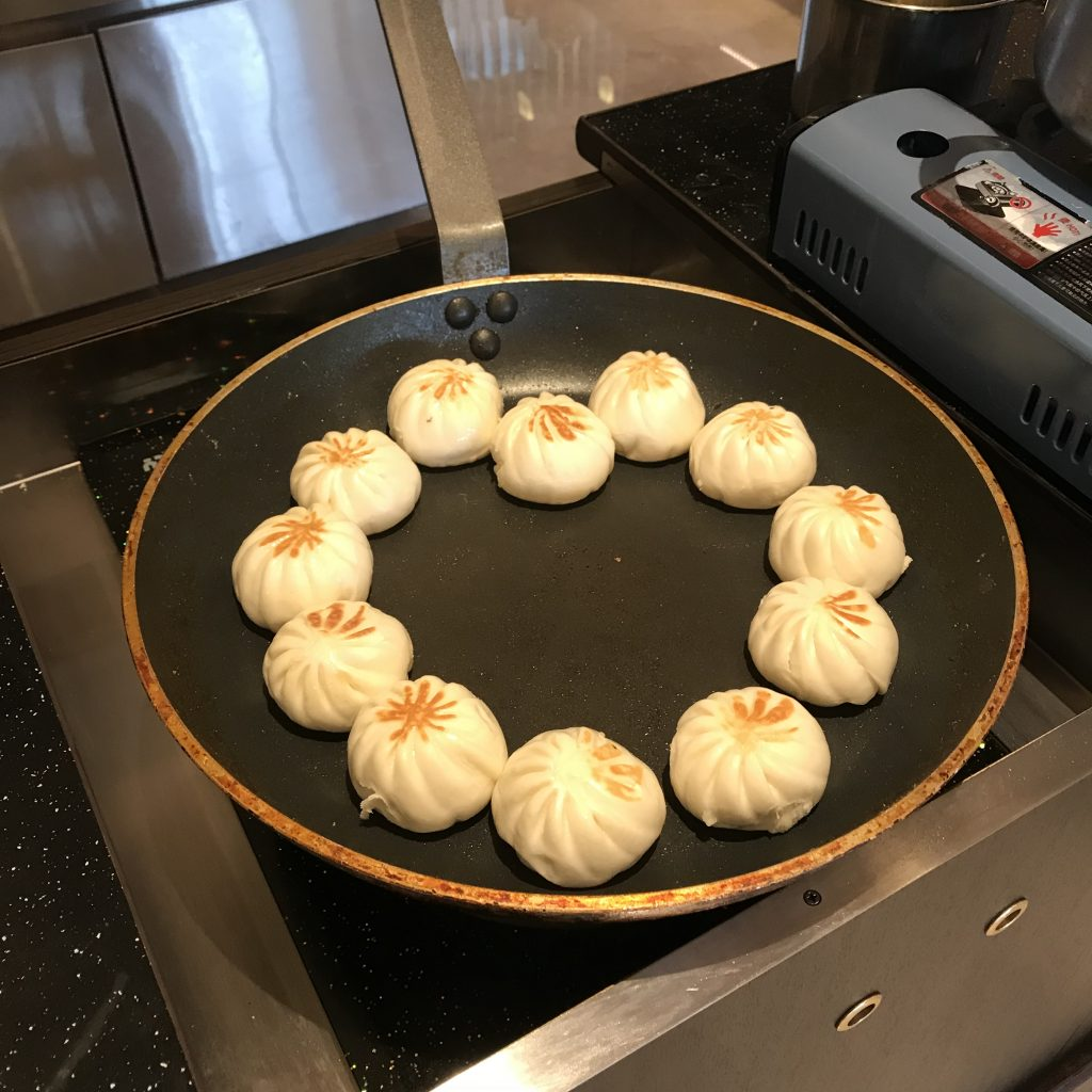 深圳蛇口希爾頓南海酒店Kitchencraft廚藝餐廳-生煎包