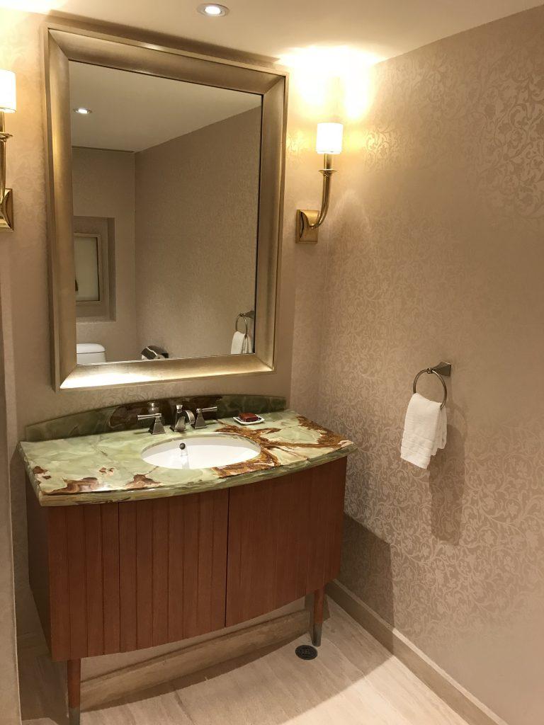 澳門金沙城中心康萊德酒店-房間門口隔離有獨立客廁