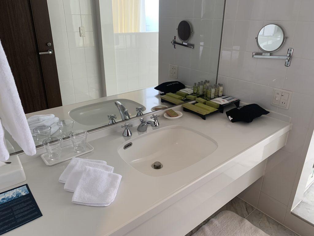 Hilton Fukuoka Sea Hawk-浴室洗手盆