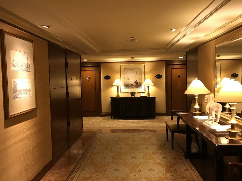 香港港麗酒店-酒店客房樓層走廊