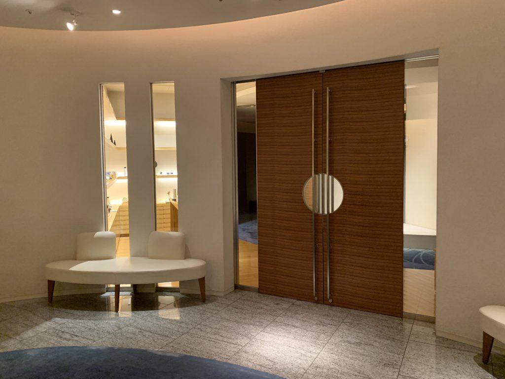 Conrad Tokyo設施-酒店水療及健身中心入口