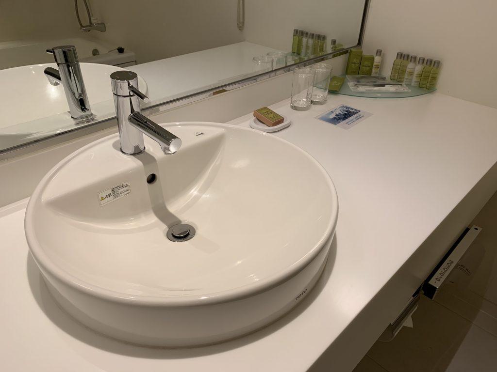 Hilton Tokyo Bay-浴室洗手盆