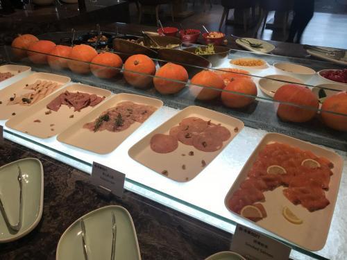 早餐有西式冷盤