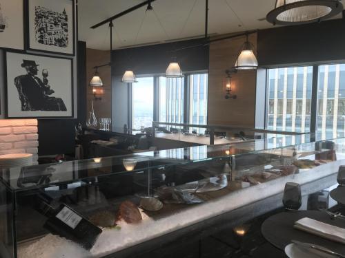 餐廳有海鮮吧檯