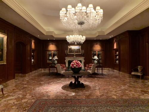 酒店大堂旁有個像是客廳的空間