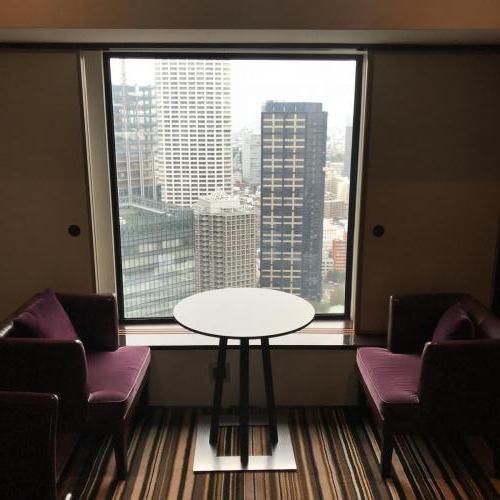 行政酒廊窗邊餐椅