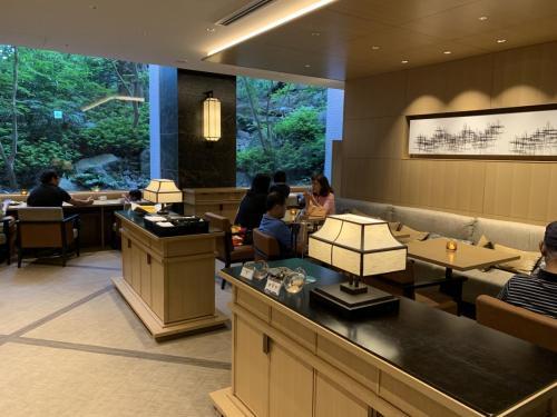 行政酒廊充滿日式風情