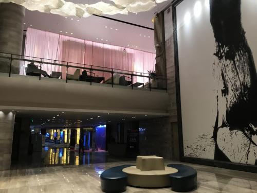 酒店主樓大堂lobby樓底高