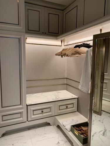 珠海瑞吉Deluxe room-衣櫃