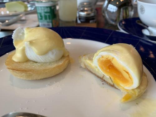 有egg benedict點...但...無汁嘅...