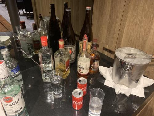 Weekend Happy Hour各式酒品