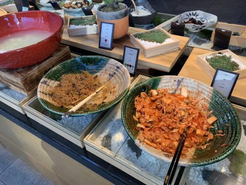 早餐韓式雜菜粉絲及泡菜