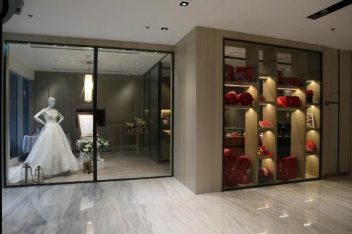 酒店設有宴會廳,同時設有wedding showroom