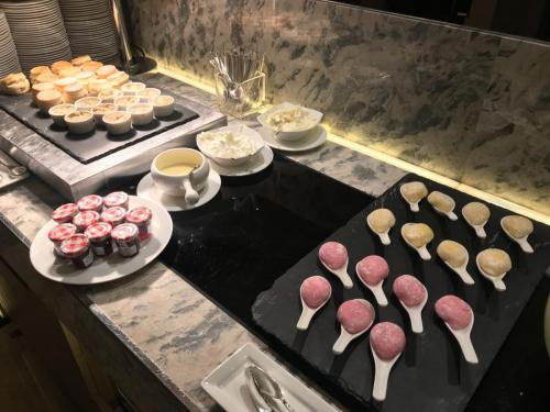 西式鬆餅、果醬及日式大福