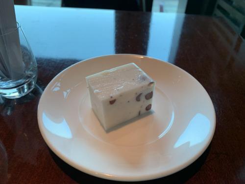 AE套餐內包甜品,經常會轉