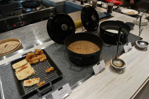 台式早餐(熱豆漿、油條等)