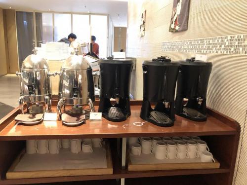 熱飲(牛奶/咖啡/紅茶) 如果想飲Latte個啲可以同d Staff 講,佢地都做到比你